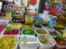 Традиция делать пикули из овощей и фруктов идет от индийских переселенцев на Пинанге