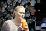 На рынке Кармель в Тель-Авиве: сок из папайи, моркови и лимона