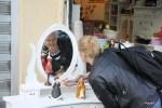 В Яффе множество сувенирных магазинов, продающих безделушки