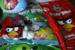 Подарок внукам: сладости Fazer с символикой Angry Birds
