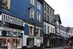 В ирландской традиции выкрашивать дома в яркие цвета