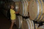 Самосские вина выдерживают в бочках из Бордо