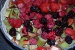 Ревень и ягоды: начинка для пирога