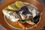 Щедрая порция калдейрады в ресторане Estelas, Пениши