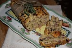 Домашний хлеб со шпеком и тимьяном
