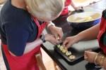 Делаем детские печенья на мастер-классе в Кейптауне