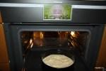 Ставим пирог в духовку на 40 минут при 175 C