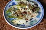 Салат из цикория с грецкими орехами и сыром