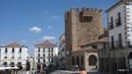 Граница Пласа Майор и Старого города в Касересе
