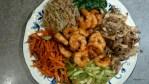 Обжаренные овощи и креветки для бибимбапа