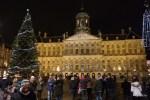 Королевский дворец на площади Дам - одно из немногих монументальных зданий Амстердама