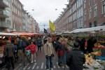 личный рынок в Амстердаме тянется на несколько километров