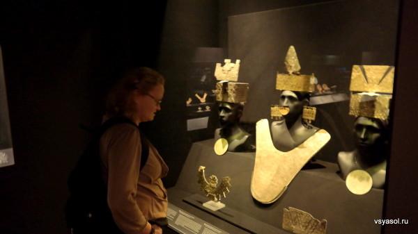 Золото в представлении древних перуанцев символизировало Солнце...