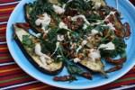 Зимний салат из баклажанов с вялеными помидорами, шпинатом и тахинной пастой