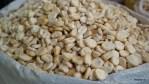 Такая перуанская кукуруза - неотъемлемый ингредиент настоящего севиче. Рынок Арекипы