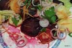 Австрийский салат с картофелем, свеклой, луком и морковью