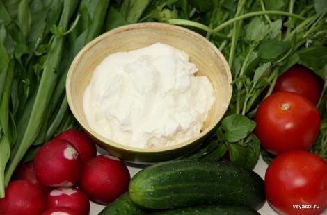 Лабне с овощами и травами