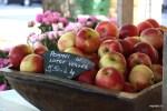 Фермерские яблоки. Рынок Пленпале, Женева