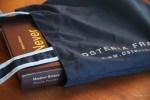Роскошная книга Массимо Боттуры в простой фирменнойй сумке его ресторана
