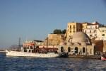 Янычарская мечеть в Венецианской гавани Ханьи, Крит