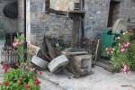 Старинные приспособления для отжима оливок. Крит