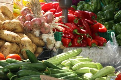 Овощи на субботнем рынке в Ханье, Крит