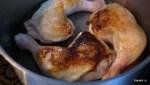 Обжариваем курицу
