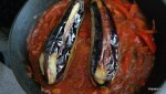 Жареные баклажаны тушим на подушке из овощей