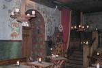 В  ресторана Olde Hansa нет электрического осещения