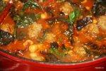 Meatballs с турецким горохом и мангольдом