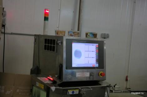 Этот прибор проверяет холодец на наличие посторонних предметов
