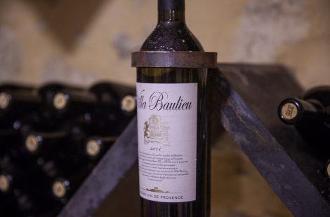 Вино с винодельни Вилла Болье. Фото: Анатолий Мирюк