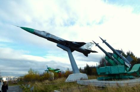 Мурманск: военная техника на Абрам мысе