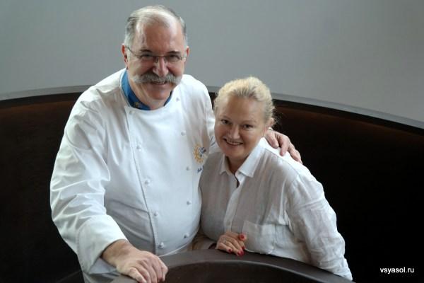 С Педро Субиханой в его ресторане Akelarre