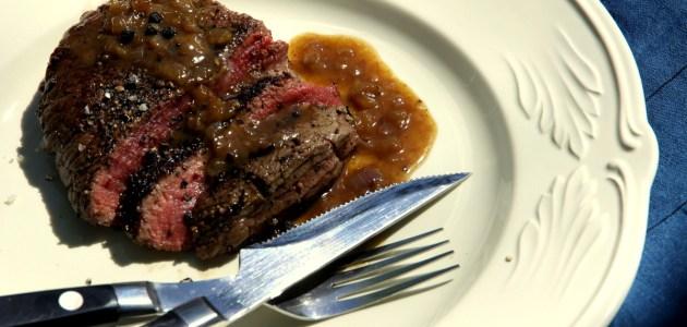Steak au poivre, стейк во французском перечном соусе