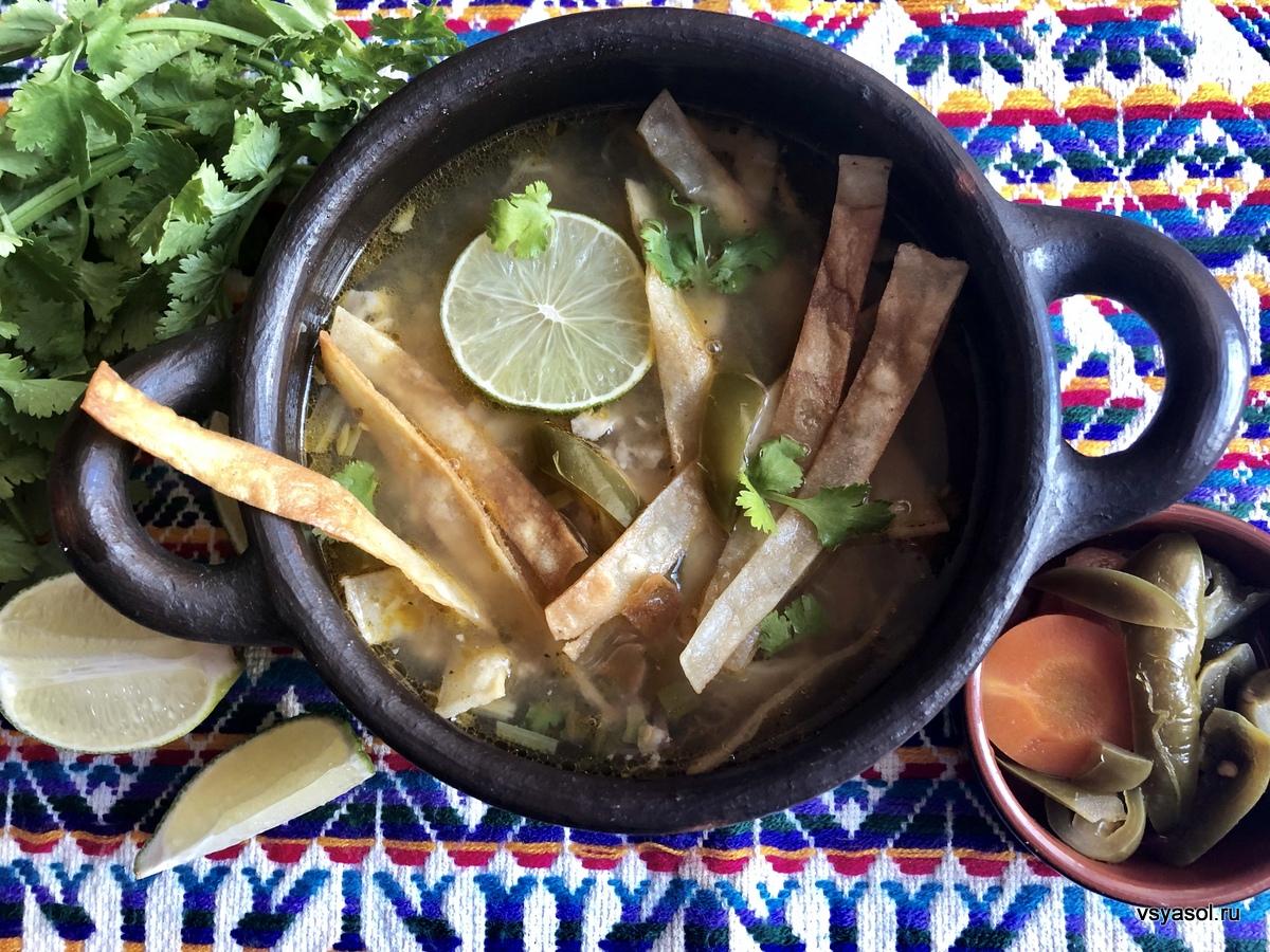 Мексиканский куриный суп с полуострова Юкатан
