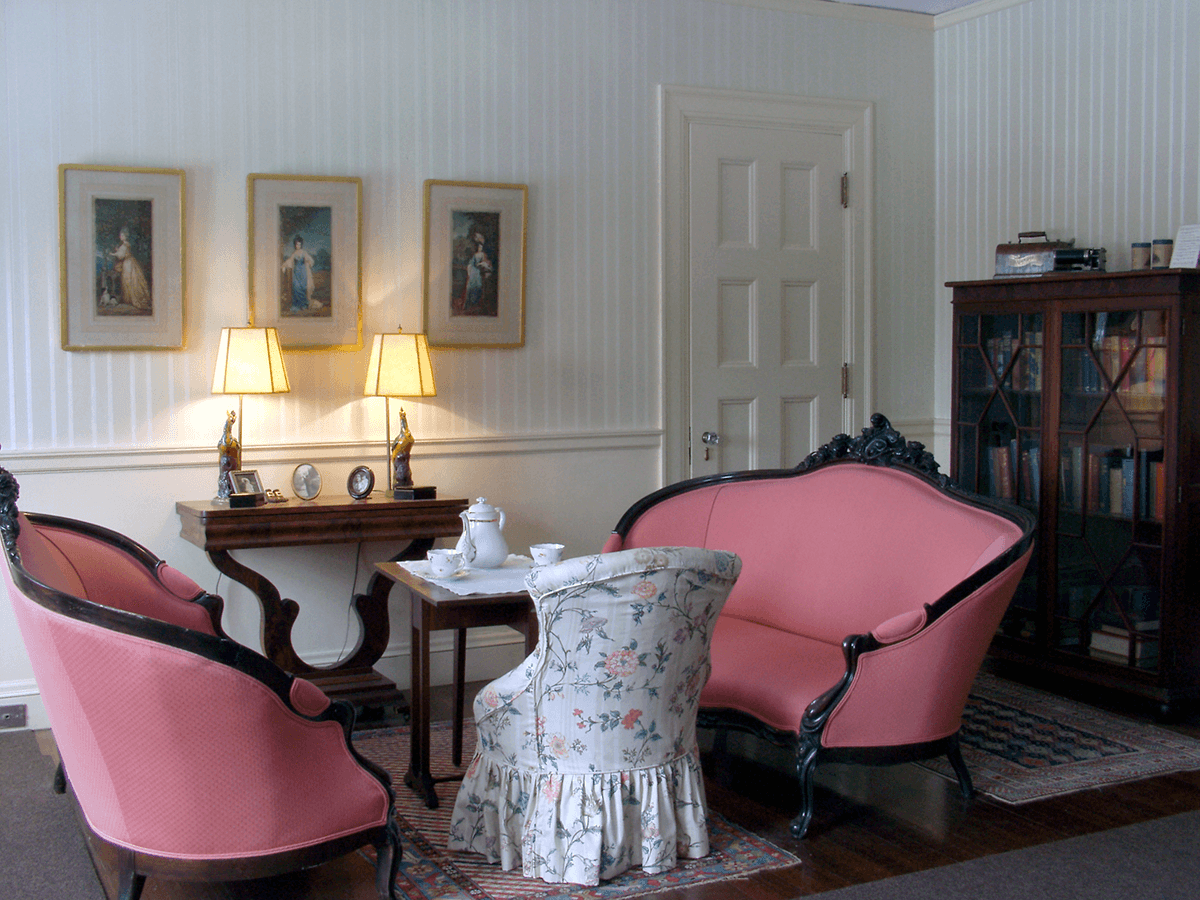 Image of upstairs parlor at Hildene, The Lincoln Family Home