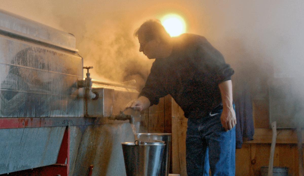 Image of Doug sugaring at Bragg Farm Sugarhouse