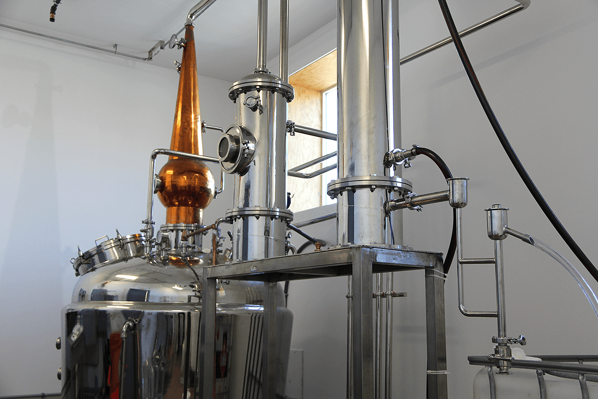 Image of still at Vermont Distillers
