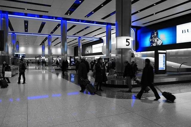 Quelques précautions contre les rabatteurs à l' aéroport