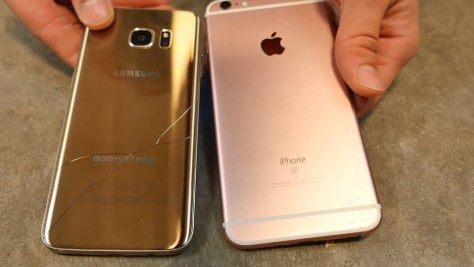 Galaxy S7 Edge vs iPhone 6s drop 1