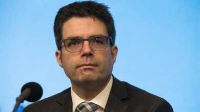 عالم الفيروسات ستيفن فان خوخت