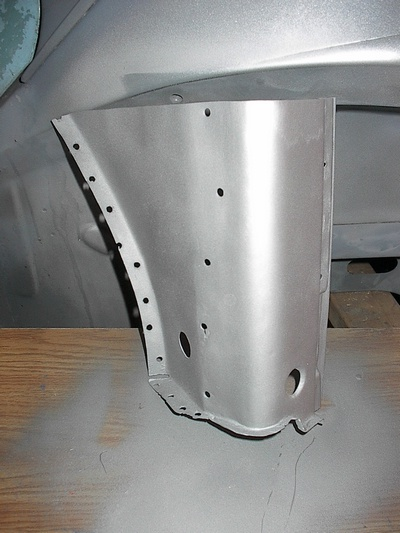Project Punch  73 VW Beetle 17 Right lower door hinge pillar
