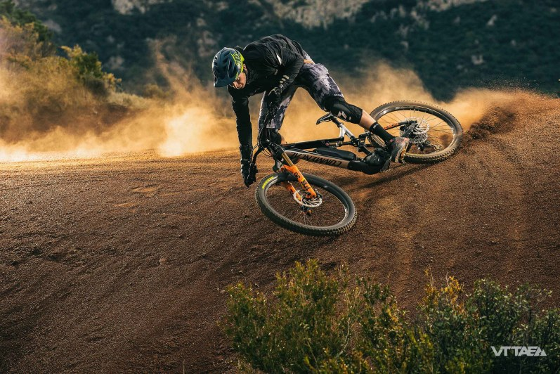vttae commencal meta power race fox 2018-10