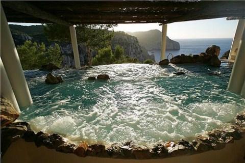 Hacienda Na Xamena un Spa de lujo en Ibiza