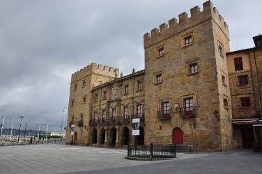 Palacio de Revillagigedo, Gijón, asturias, España - ©depositphotos//javigares