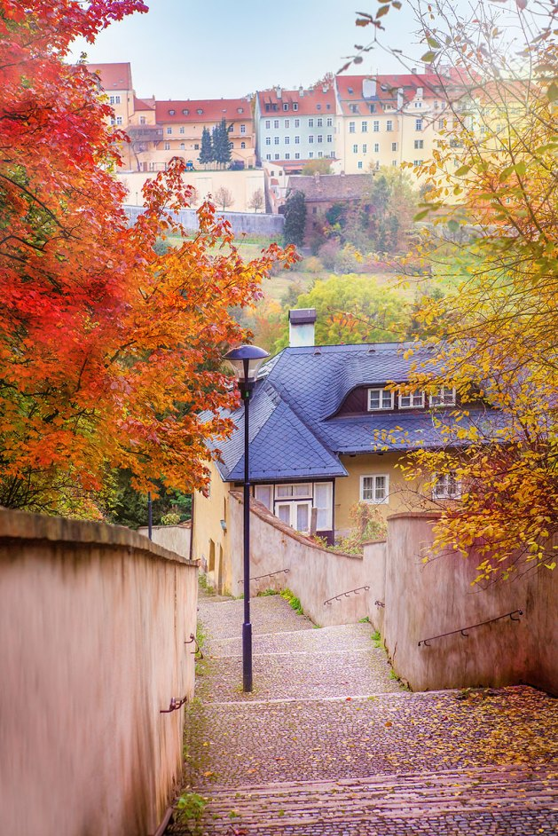Escalera en Praga. Imagen: ©depositphotos.com/anatols