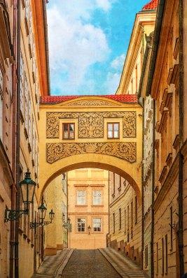 Calle de Praga, República Checa. foto en color de imagen a la antigua — Imagen: ©depositphotos.com/Jukov