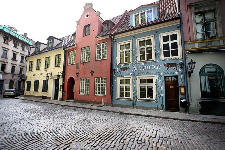 Casco antiguo de Riga, Letonia — Foto depositphotos © dedukh