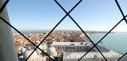 Vista de la Basílica de San Marcos desde el Campanario